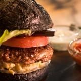 Авторски бургер от конско месо