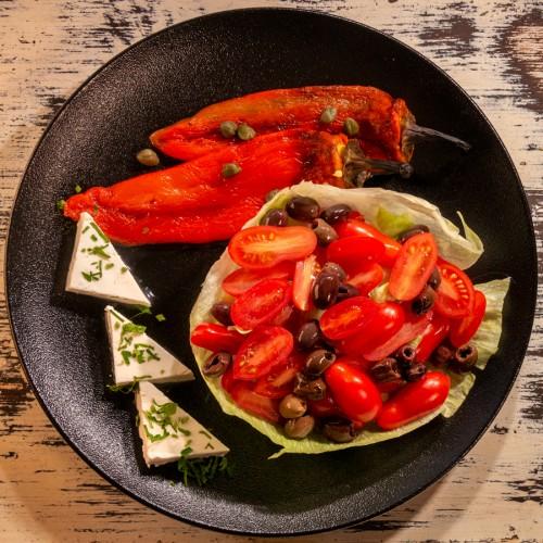Салата от чери домати